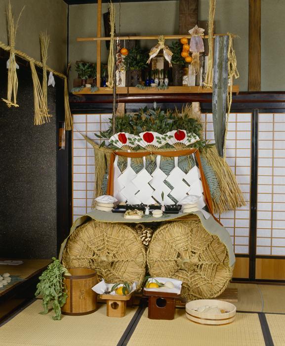 正月には新しい年神を迎えます。年神は私たちに健康と幸福をもたらします。