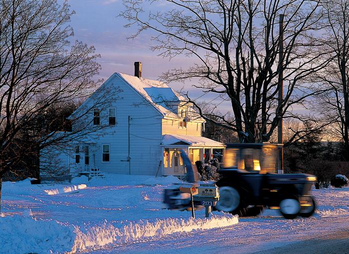 冬の朝は、あわただしく雪かきからはじまる
