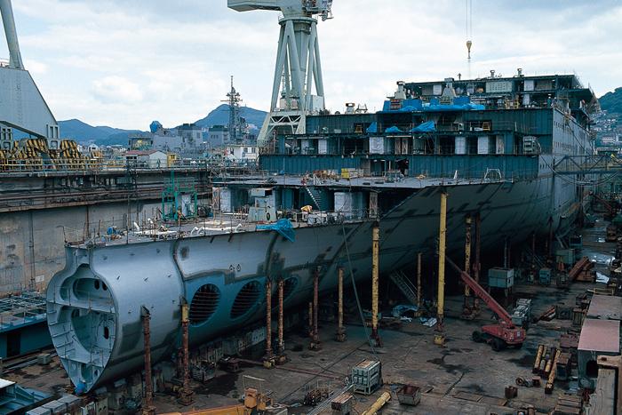 三菱重工長崎造船所   長崎県