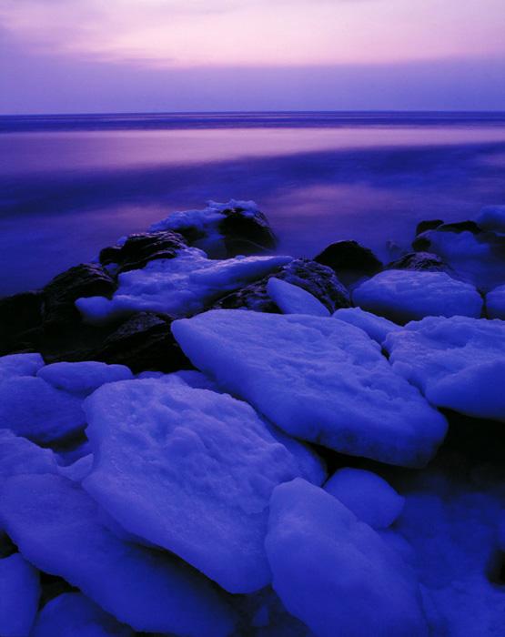 あと20年もすると見られなくなってしまうかもしれない流氷。そう思うと、身にしみる寒さを実感している今の自分に、なんとなく安心します。