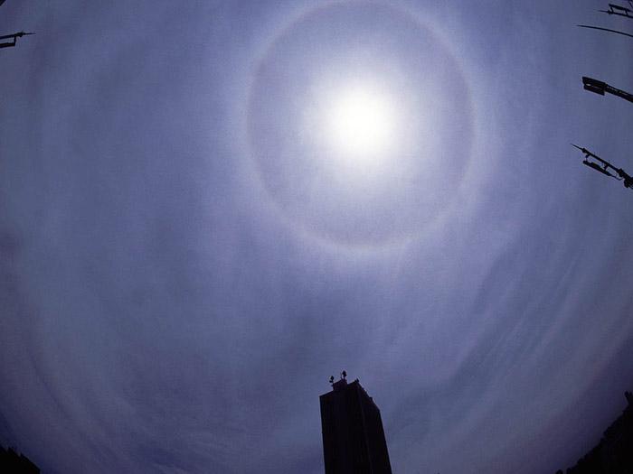 `04.6/3.   太陽の暈