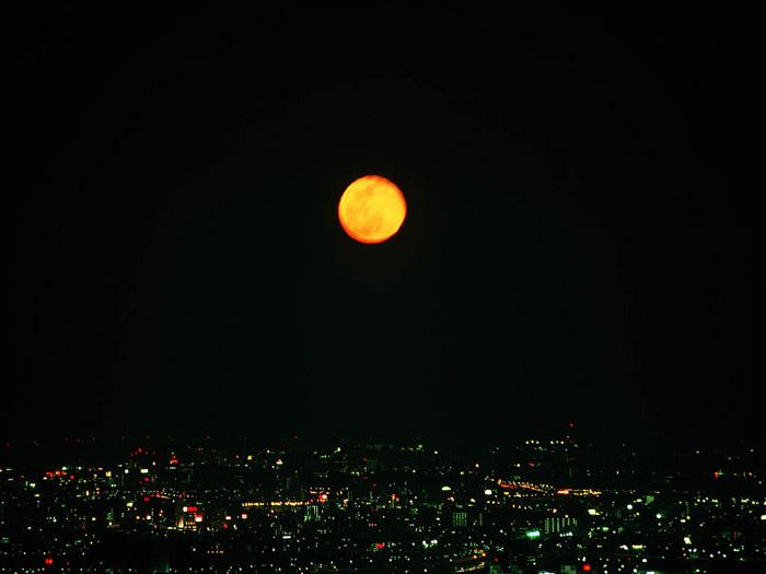 `02.1/30.   昇る月