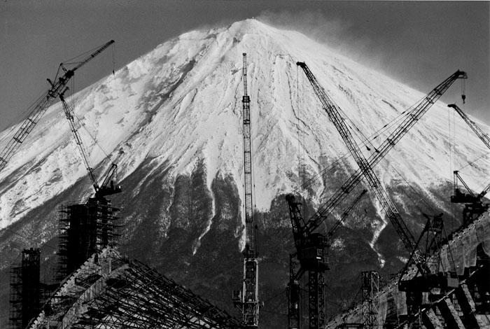 クレーン 静岡県富士市宮市 1972年