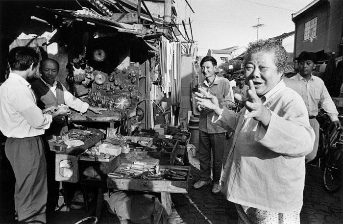 中古機械部品市場 虬江支路 1993年10月