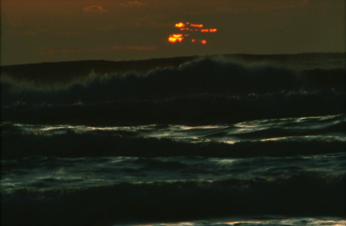 オホーツク海 北の海の朝